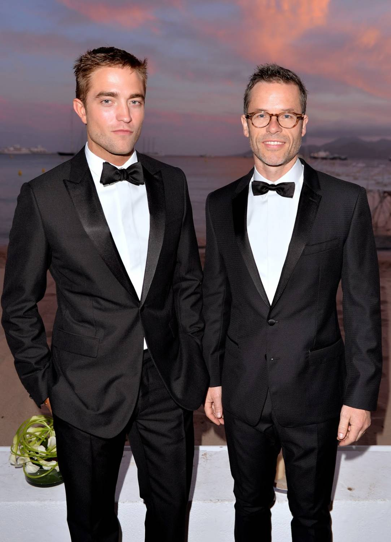Роберт и Гай