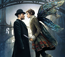 Кара Делевинь с крыльями в тизере «Карнивал Роу»